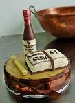 Schokoladen Geburtstagstorte - Weinflasche/Buch