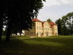 Zu den beliebten Spielplätzen der Kindheit gehörte für die im Unteren Schloss geborene Prinzessin Sophie Charlotte auch das Haus auf der Schlossinsel.