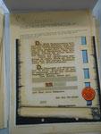 Die Sammelaktion für ein neues Rathaus begeisterte 1948 wohl nicht ausreichend Neubrandenburger. Die Schmuckurkunden wurden in der Verwaltung als Schmierpapier genutzt.