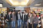 Le groupe à la FNAC de Toulouse