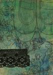 「変身」 アクリル、色鉛筆、墨、パネルに紙 22.7×15.8㎝
