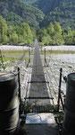 Hängebrücke über die Maggia