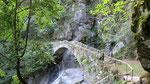 Brücke über Bergbach