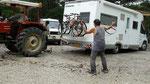 Le tracteur lui aussi a eu du mal à monter