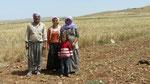 Famille aux champs