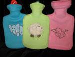 Wärmflasche 1l mit bestickter Hülle aus Fleece - Preis pro Wärmflasche 8,- Euro statt 12,- Euro (Schaf verkauft)