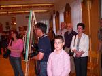 Gäste der Ausstellung. Foto Gemeinde Pölla