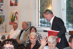 Dir. Günter Steindl mit dem Publikum (ua Wolfgang Andraschek, Dir. Anton Mück) (Foto GR Klaus Bergmaier, SPÖ Niederösterreich)