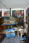 Matthias Laurenz Gräff, Atlelier mit Staffelei und neuen Gemälden, Gars am Kamp