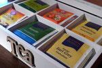 Teebox mit verschieden Teesorten