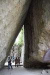 ココも世界遺産の「斎場御嶽」。琉球国王も参拝した由緒ある聖地。