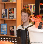 Übergabe des Leseturms an die Korneuburger Bibiotheken (Felix Rudorfer)