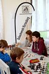 Die Weinviertler Schachjugendliga macht Station in der  Korneuburger Holzhittn