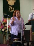 La Pastora Persida Candelaria Igl. Metodista de Pta. de Tierra recibe a los Pastores