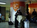 El Pastor Pedro Semidey y Rev. Candelaria en un abrazo de amistad