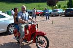 Ne, da schnappt sich der Lothar doch lieber das Moped,