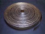 《連鎖する境界》洋金箔、樹脂膠、ポリカーボネート/10×100000 cm/2011年 《CHAIN OF BORDER》Brass leaf, Resin glue, Polycarbonate/10.0×100000 cm/2011