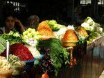 des betteraves, des carottes râpées et d'autres légumes