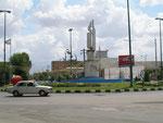 sur une place de Gonbad-e Qabus