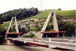 l'autoroute dans les vignes du Valais