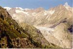 le glacier des sources du Rhône à gauche en montant à la Furka