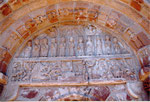 le porche de l'église romane de Perse à Espalion