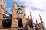 arcboutants de la cathédrale de Leon