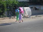 2 parasols