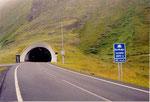 l'entrée du tunnel: 2 km de descente à -212 m, 2 km de plat et 2 de remontée à 10%