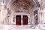le porche de l'église abbatiale de Moissac