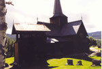 le cimetière devant la stavkirke d'Hedalen