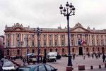 Toulouse: la place du Capitole (mairie)
