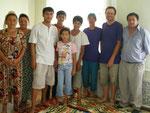 on fait connaissance avec un jeune dynamique et sa famille à Uchkurgon