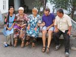 nos hôtes à Och, deuxième ville du Kirghizistan dans la plaine de Ferghana