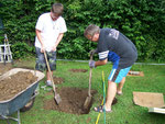 Der erste Spatenstich - The groundbreaking ceremony