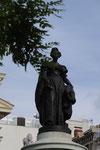Estatua María Cristina de Borbón