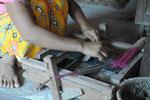 Fabrication artisanale de bâtons d'encens, Mynamar