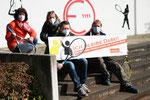v.l. Monika Grünig (2. Vorsitzende TuRa Eggenscheid), Nadine Balz (Mitglied), vorne v.l. Jürgen Blankenberg (Sportwart) und Axel Bremer (Mitglied)