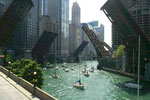 Impressions_ USA_ Chicago River © Pepponi