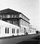 Verwaltungsgebäude mit Direktion nach 1918