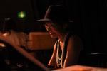 いつも迷えるバンドを導いてくれます、野田ユカさん。