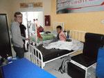 Krankenbetten am Gang Juhu