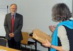 Frauke Thees bedankte sich im Namen der Seminarleitung für den Gastvortrag.