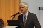 Professor Dr. Johann Sjuts hob die Bedeutung des Textverstehens für alle Fächer hervor. Foto: Ulrichs