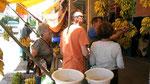 Tamri : vente de bananes locales
