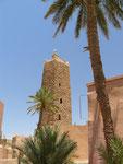Un minaret du XII°s tient toujours