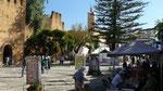 La charmante place Uta-el-Hammam