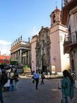Beim Teatro Juarez