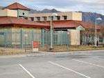 ...neieiein  kein Gefängnis - das Tourist Welcome Center