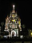 ...La Parroquia - Lichterspiel bei Nacht